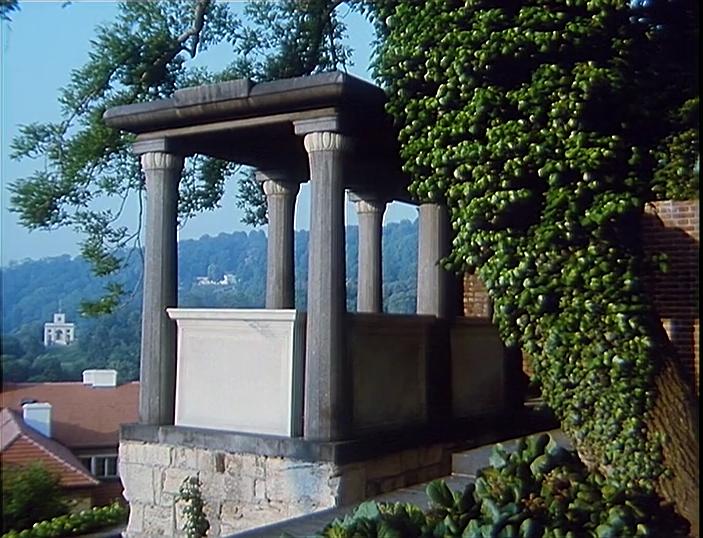 drahy_mistre_jizni zahrady_prazskeho_hradu